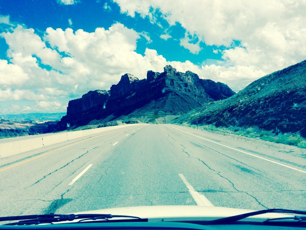 Photos of the road from Utah while Traveling around beautiful America