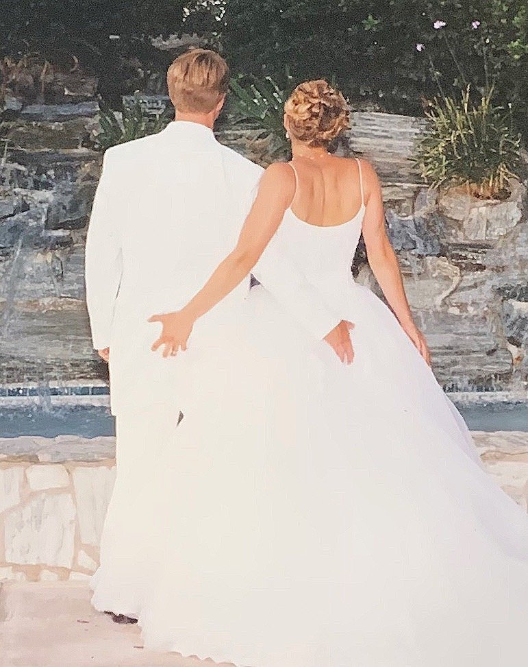 You are currently viewing How to have a truly happy marriage- Why we are thriving 18 years later